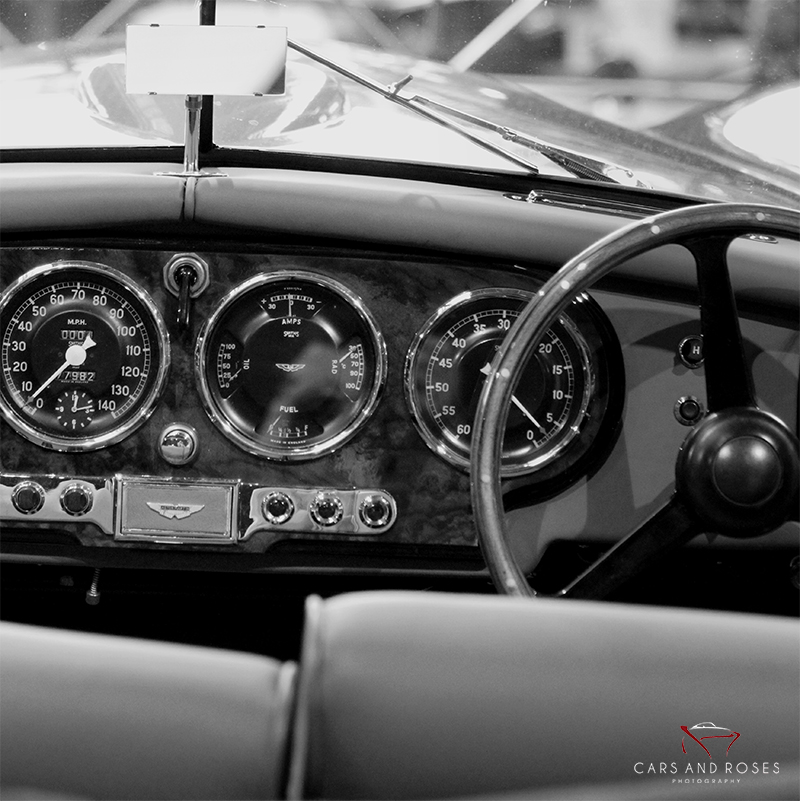 ASTON MARTIN DB2 INTERIOR SQUARE VERSION