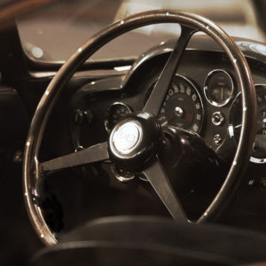 ASTON MARTIN DB5 STEERING WHEEL
