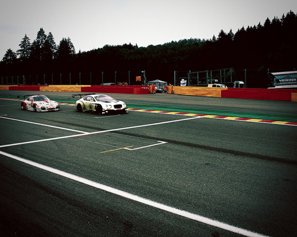 Bentley GT3 on Track