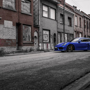 Cayman GT4 Photograph