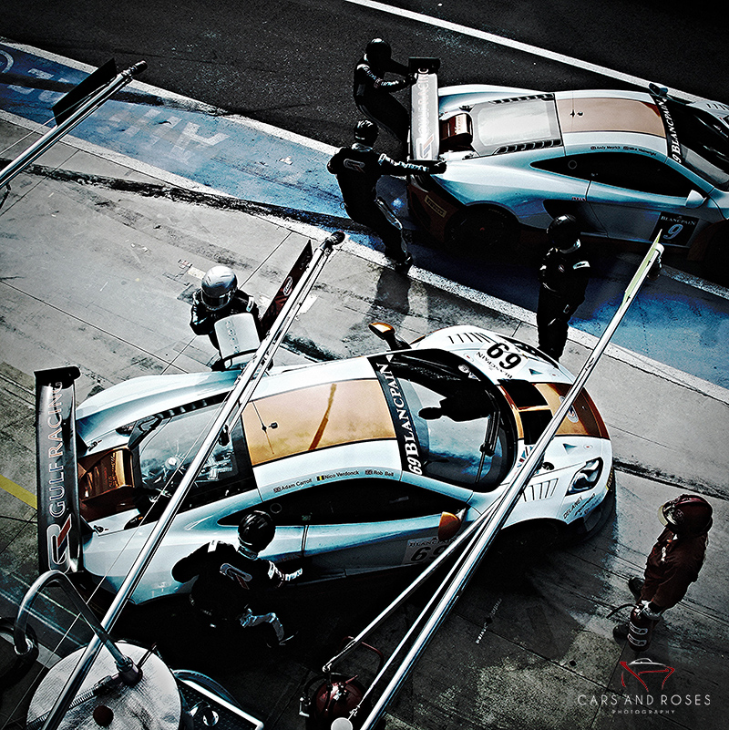 McLaren Mp4 Gulf moving in the Pit Lane
