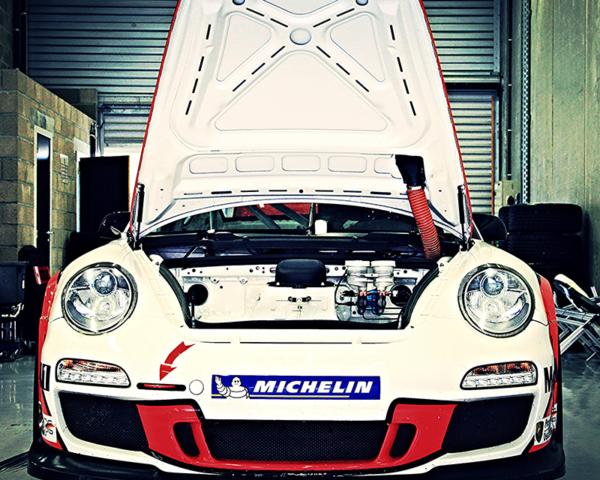Porsche 911 GT3 Hood Open - Square