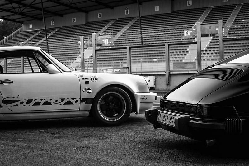 Black and White Photo Porsche 911