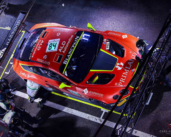 Decoration Canvas Racing Car Print Bentley