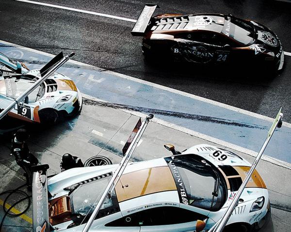 McLaren Mp4 Gulf Pit Lane at Monza