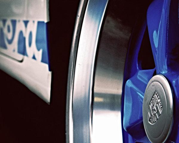 Porsche 911 Carrera RS Blue Wheel