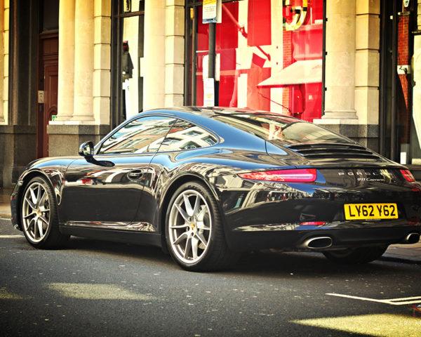 Porsche 911 Type 991 Carrera Black